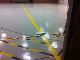 Hanger Floor With Detailed Striping