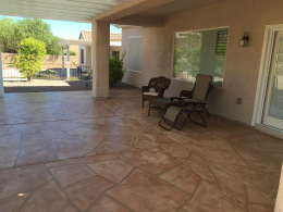 Wide Cut Flagstone Patio