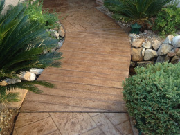 Faux Plank Stamped Concrete Walkway
